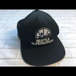 Seattle Supersonics Mitchell & Ness NBA SnapBack